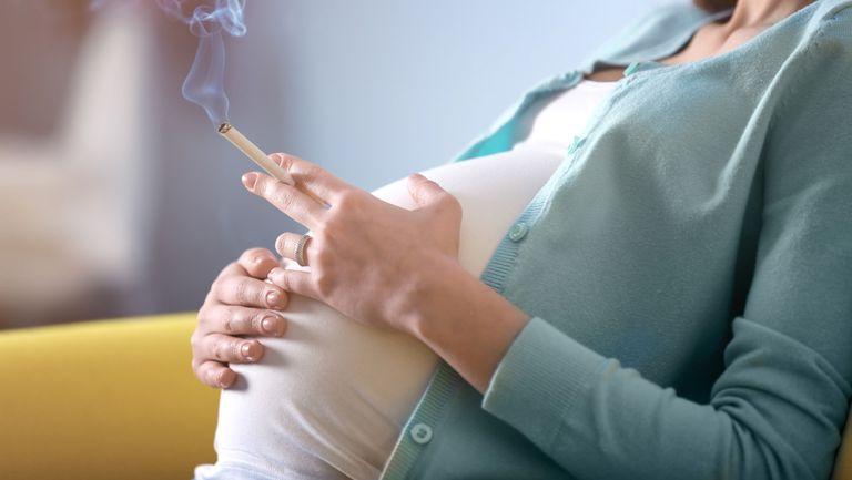 Cat de nociv este fumatul in timpul sarcinii!