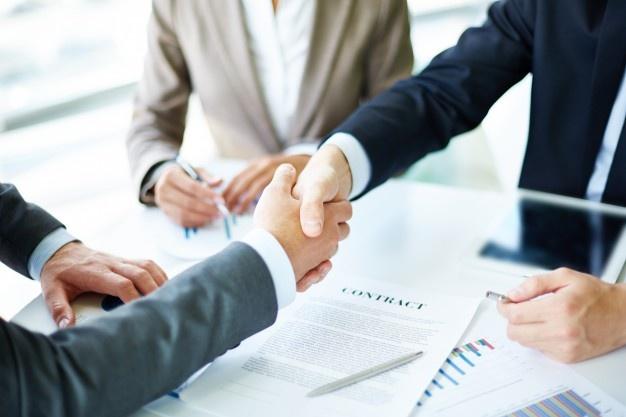 Gasirea unui avocat drept financiar-bancar foarte bun. Ce trebuie sa iei in considerare